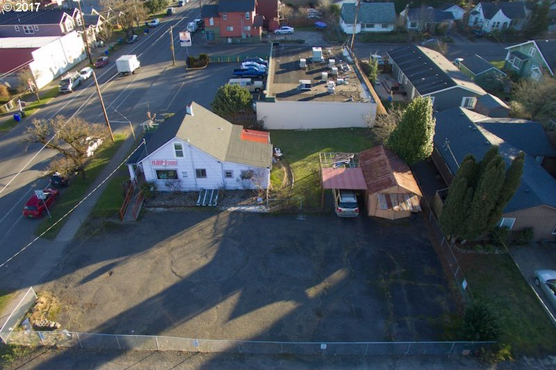5320 SE Woodstock Blvd, Portland, OR 97206