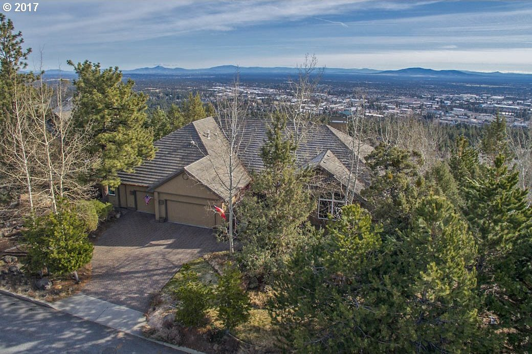 1168 NW Redfield Cir, Bend, OR 97703