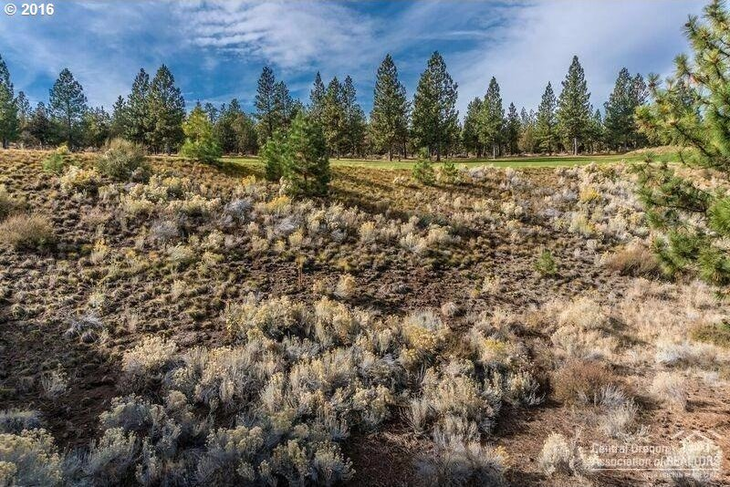 3242 NW Fairway Heights Dr, Bend, OR 97703