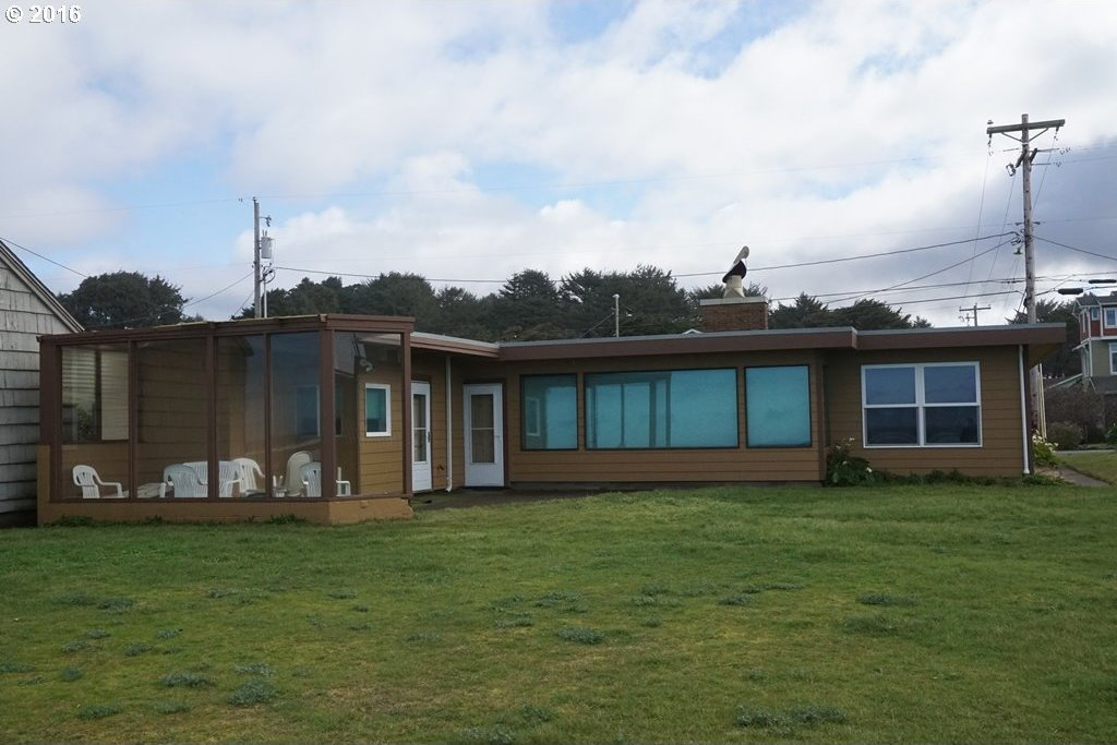 3405 NW Jetty Ave, Lincoln City, OR 97367