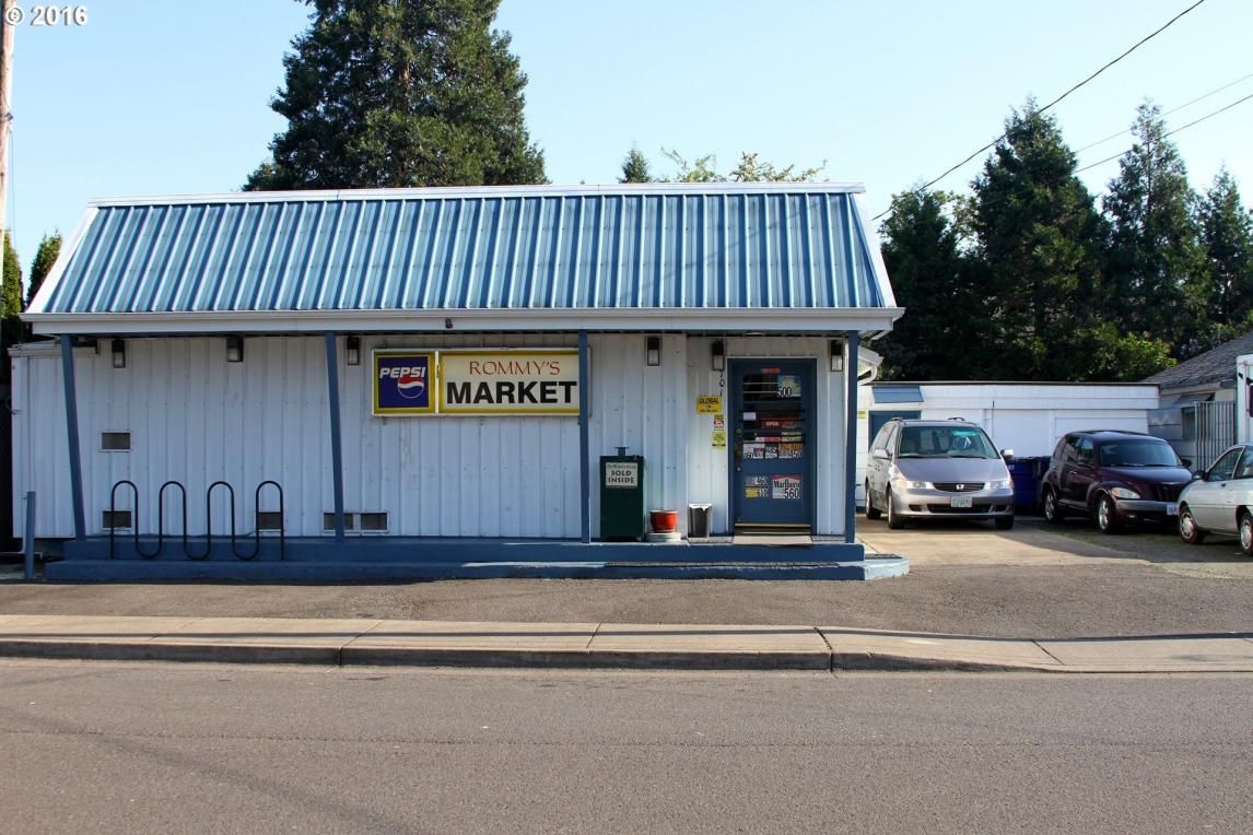 701 W M St, Springfield, OR 97477