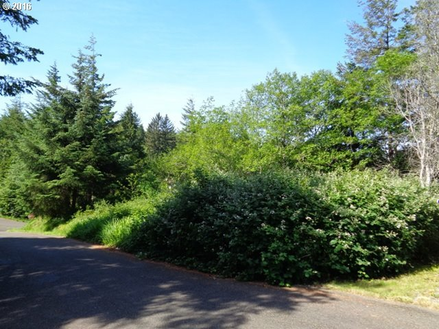 18 Ave, Coos Bay, OR 97420