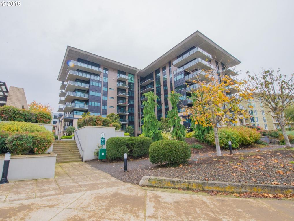 1830 NW Riverscape St #701, Portland, OR 97209