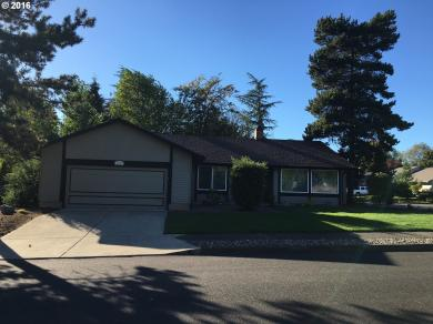 4165 NW Rock Creek Ct, Portland, OR 97210