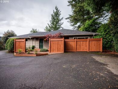 750 82nd Dr, Gladstone, OR 97027