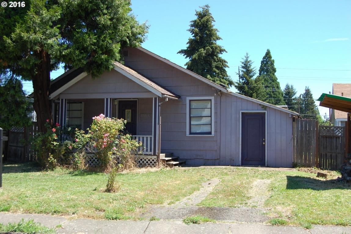 1023 Water St, Springfield, OR 97477