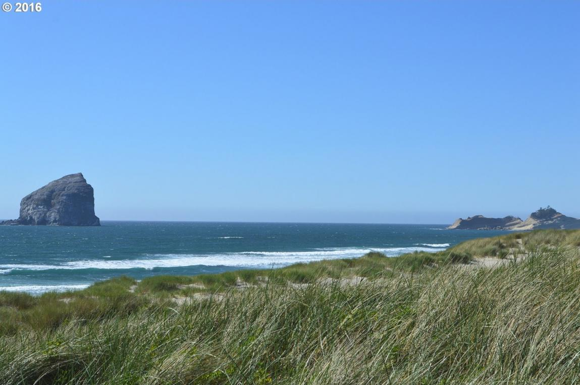 Sunset Dr, Pacific City, OR 97135
