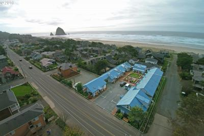 Photo of 439 S Hemlock St, Cannon Beach, OR 97110