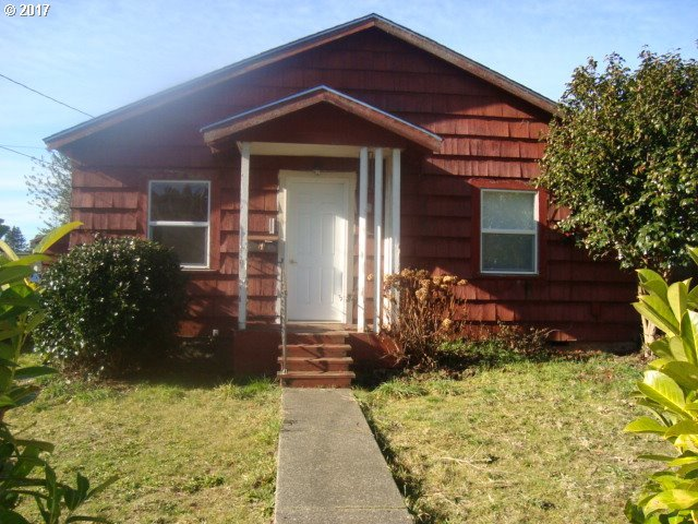 809 N Folsom, Coquille, OR 97423