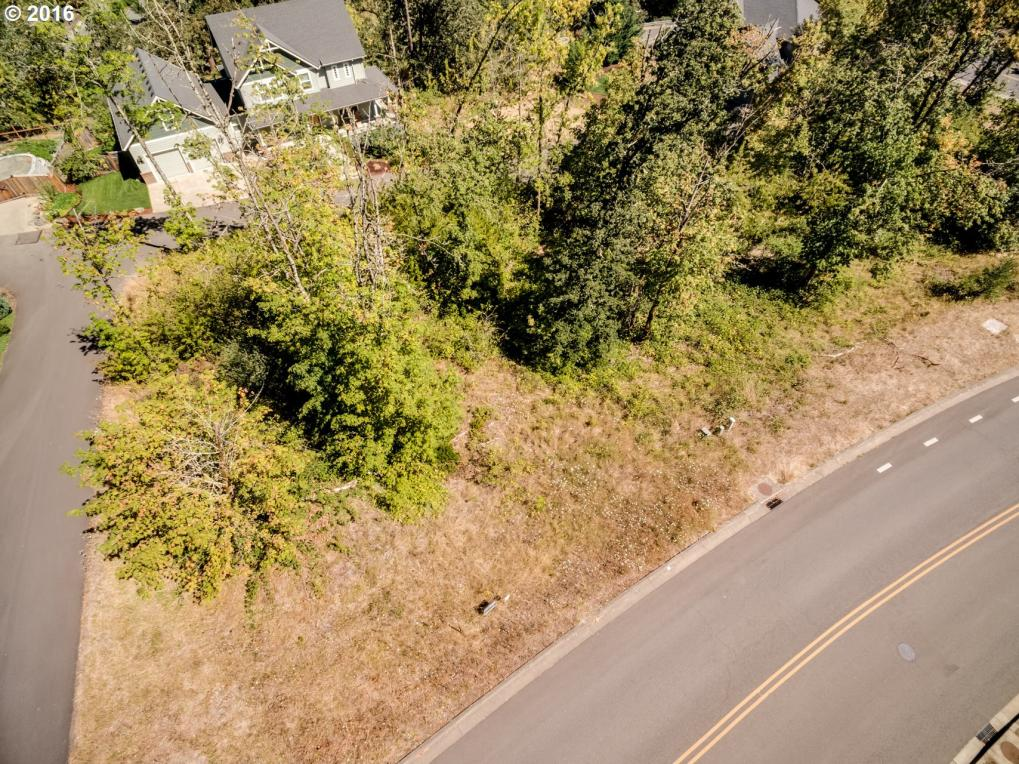 340 Mountaingate Dr, Springfield, OR 97478