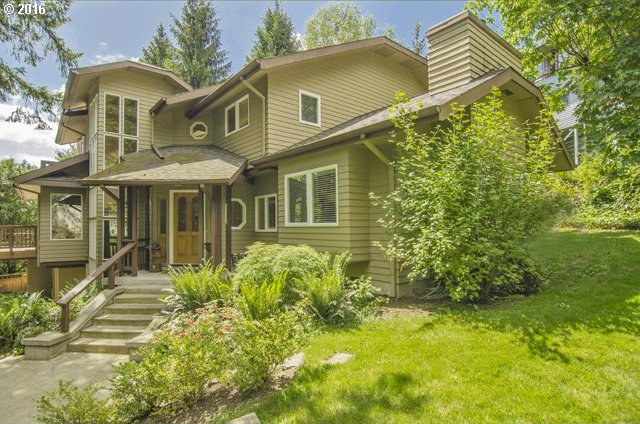 145 NW Pittock Dr, Portland, OR 97210