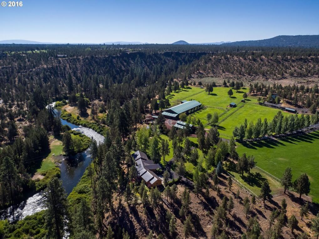 64000 Johnson Rd, Bend, OR 97703