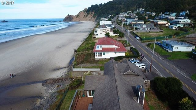7207 NW Logan Rd, Lincoln City, OR 97367