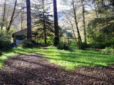 27150 Trask River Rd, Tillamook, OR 97141