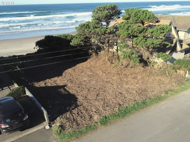 5800 NW Jetty Ave, Lincoln City, OR 97367