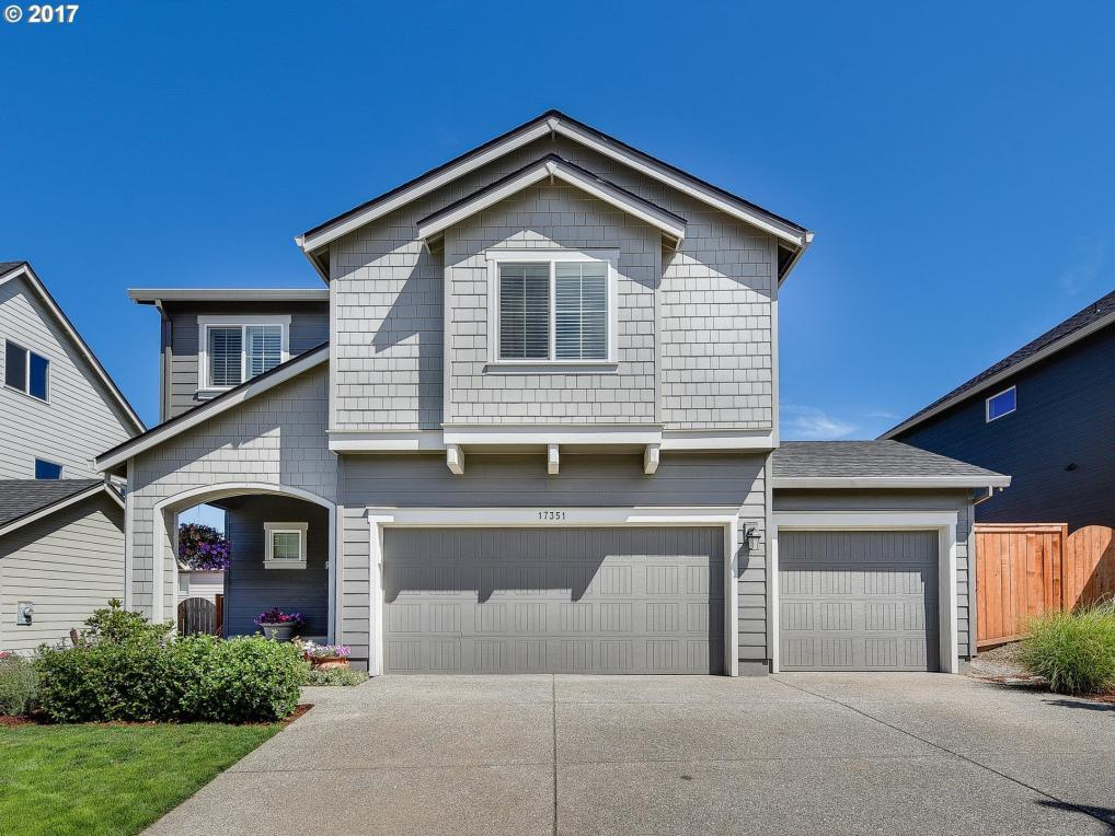 17351 SE Blackburn St, Happy Valley, OR 97086