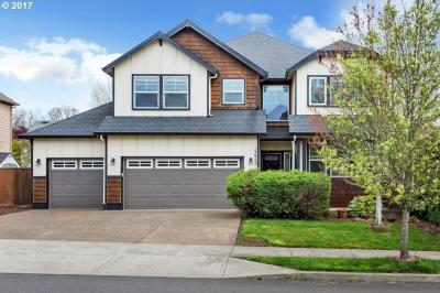 Photo of 13952 SE Sierra Dr, Clackamas, OR 97015