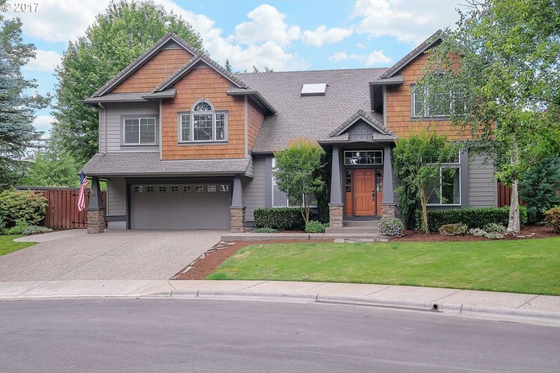 31402 SW Olympic Dr, Wilsonville, OR 97070