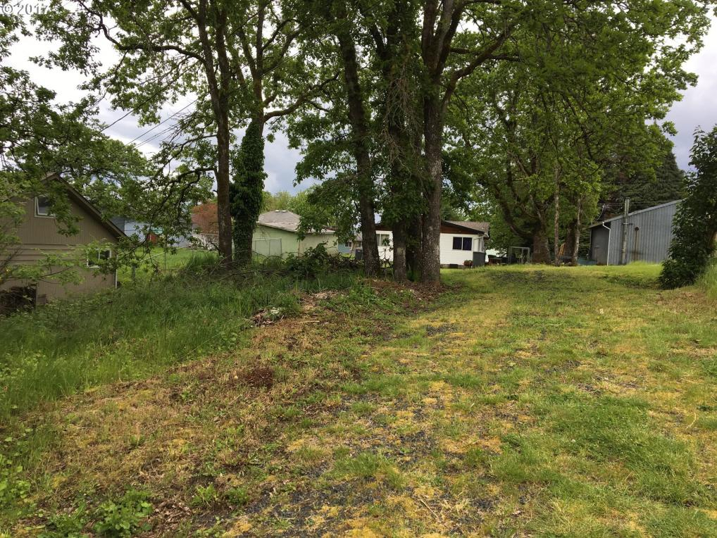 S 11th St, St. Helens, OR 97051