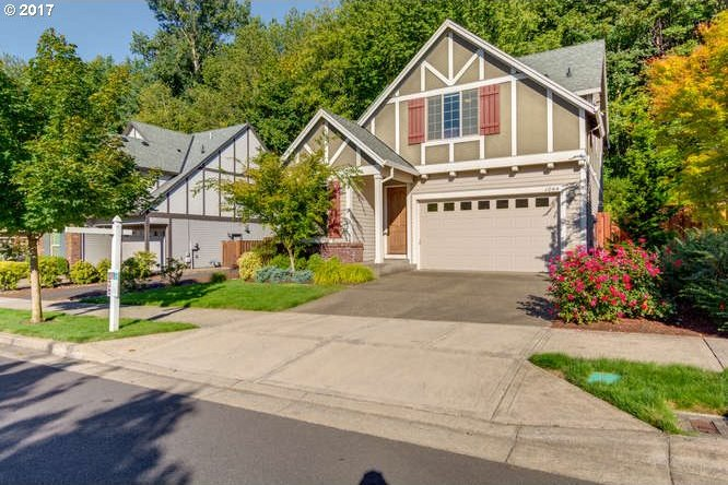 1044 Epperly Way, West Linn, OR 97068