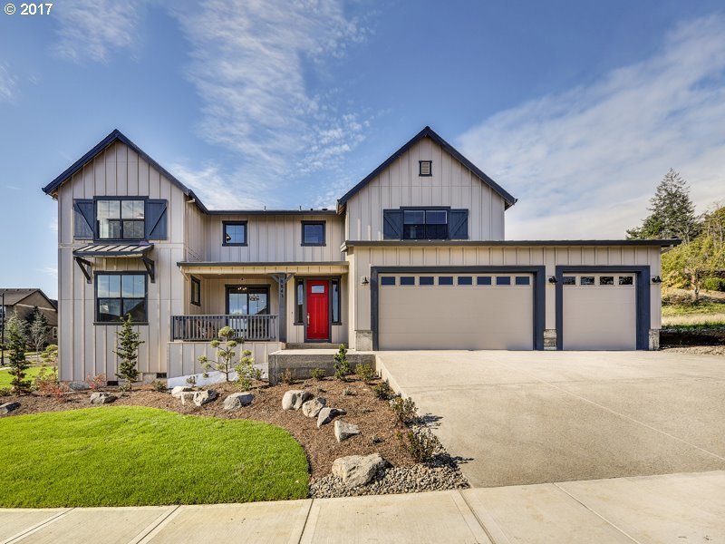 8843 SE Christilla Ln, Happy Valley, OR 97086