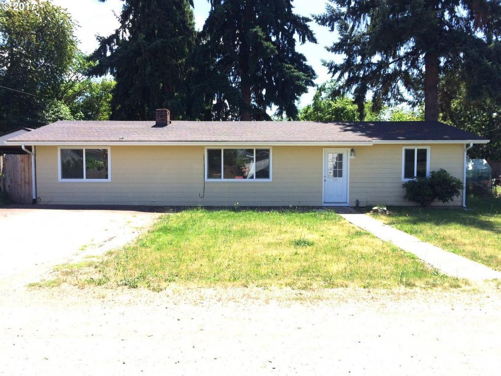 1125 Thayer Ave, Cottage Grove, OR 97424