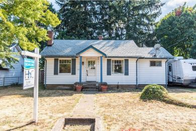 320 NE 92nd Pl, Portland, OR 97220