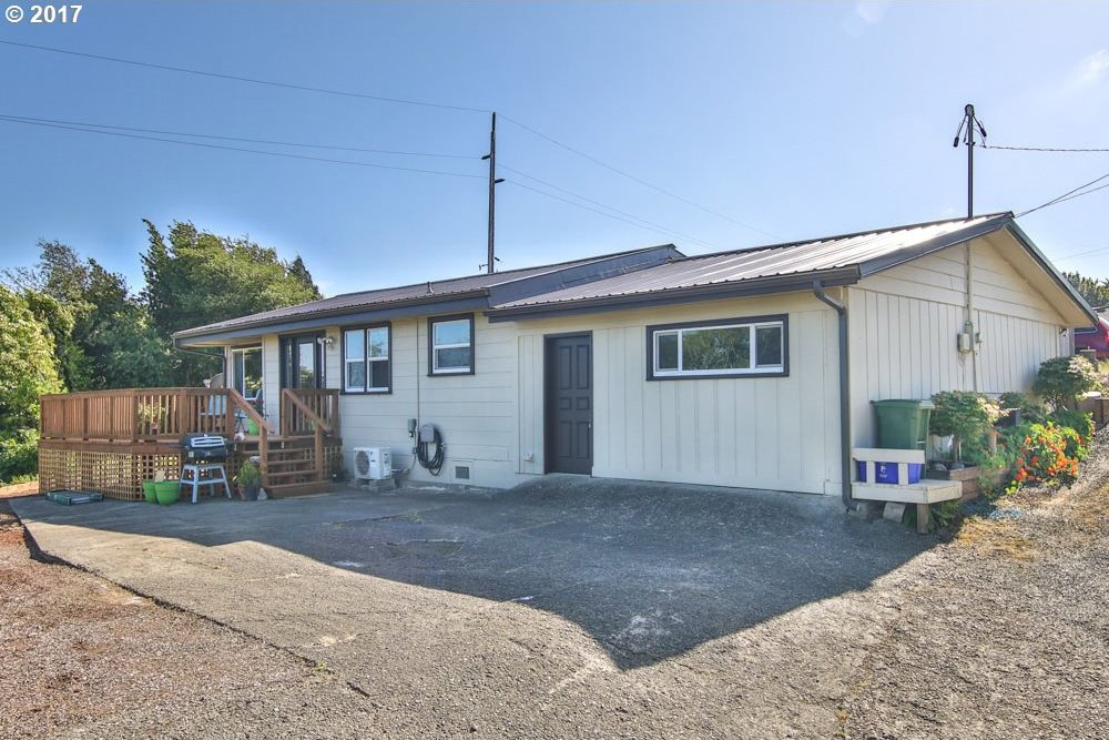 510 Lombard, North Bend, OR 97459