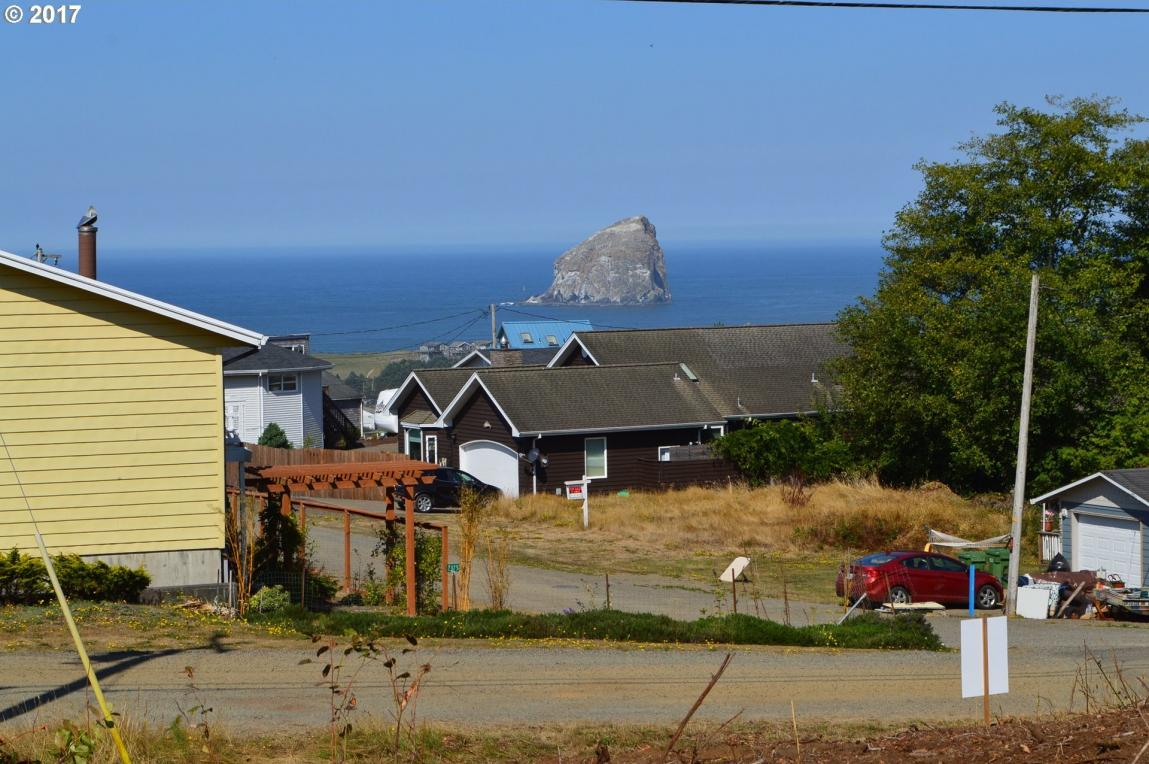 River View Dr, Pacific City, OR 97135