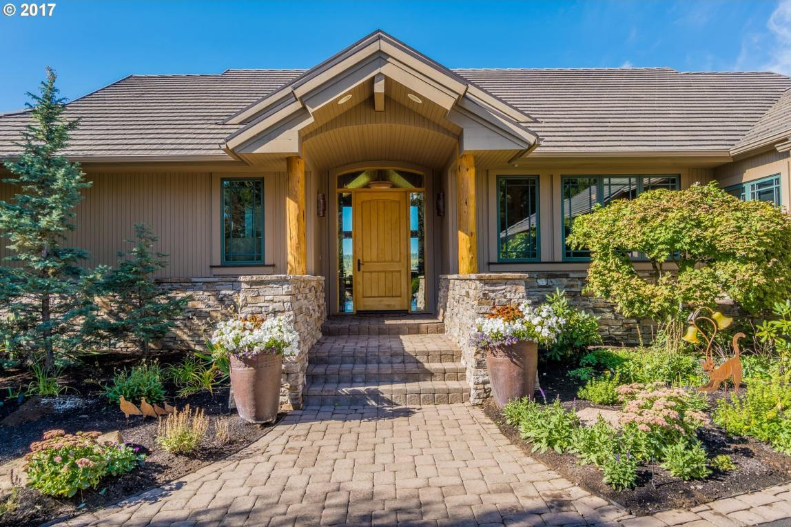 19333 Moon Mountain Ct, Bend, OR 97702