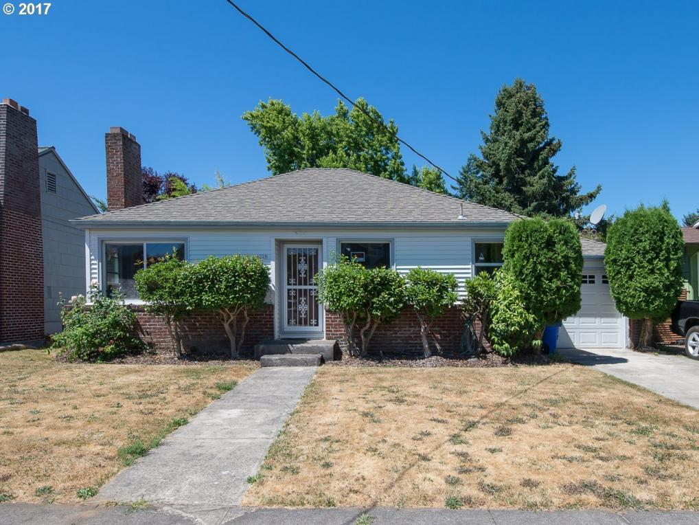 4329 SE 46th Ave, Portland, OR 97206