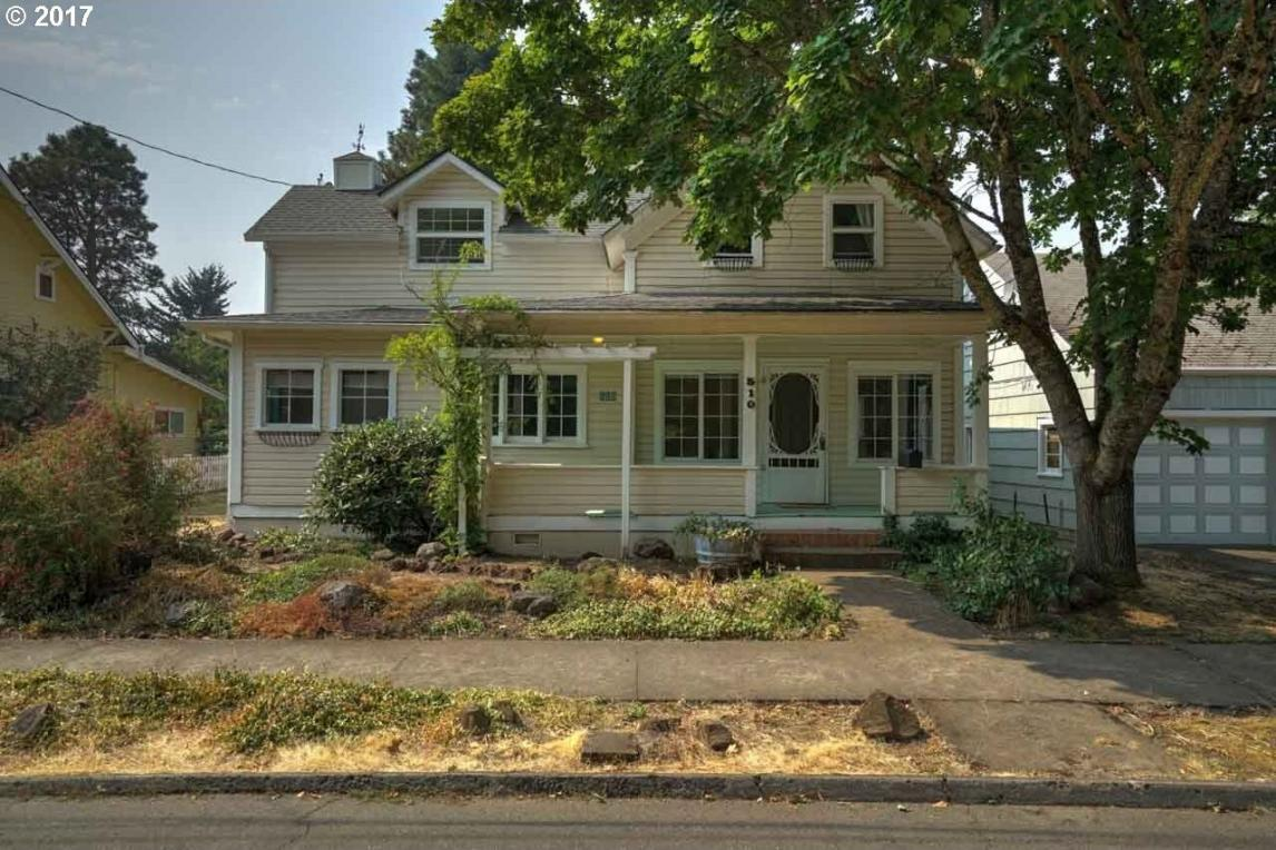 510 S 3rd St, Silverton, OR 97381