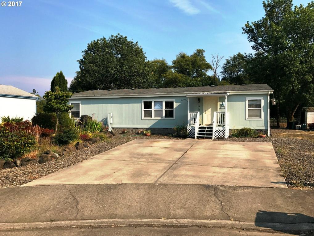 1318 Sunny Ct, Sutherlin, OR 97479