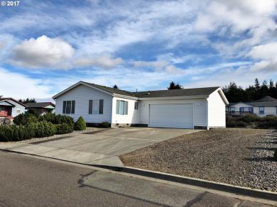 1007 Blanco, Coos Bay, OR 97420