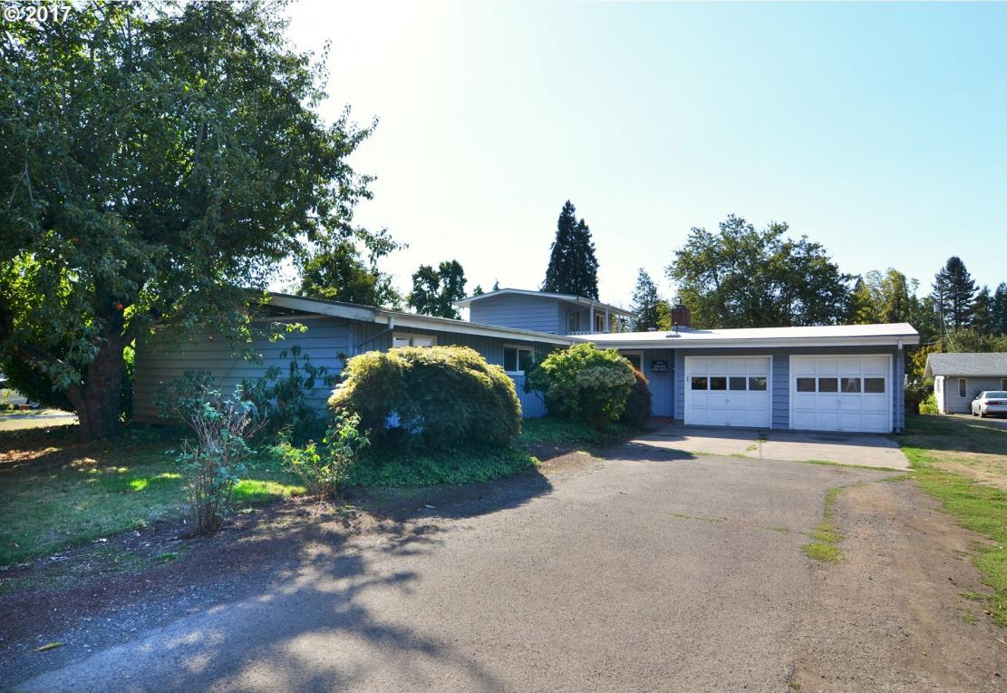 144 Sunshine Acres Dr, Eugene, OR 97401