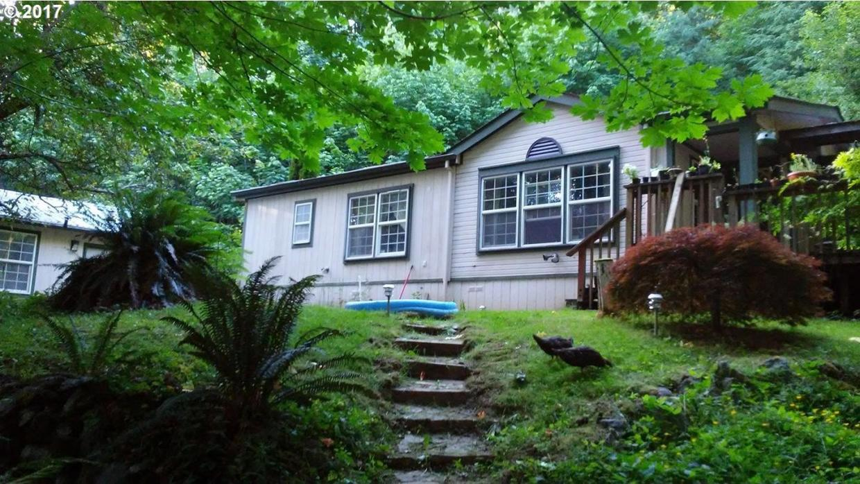29445 Dutch Canyon Rd, Scappoose, OR 97056
