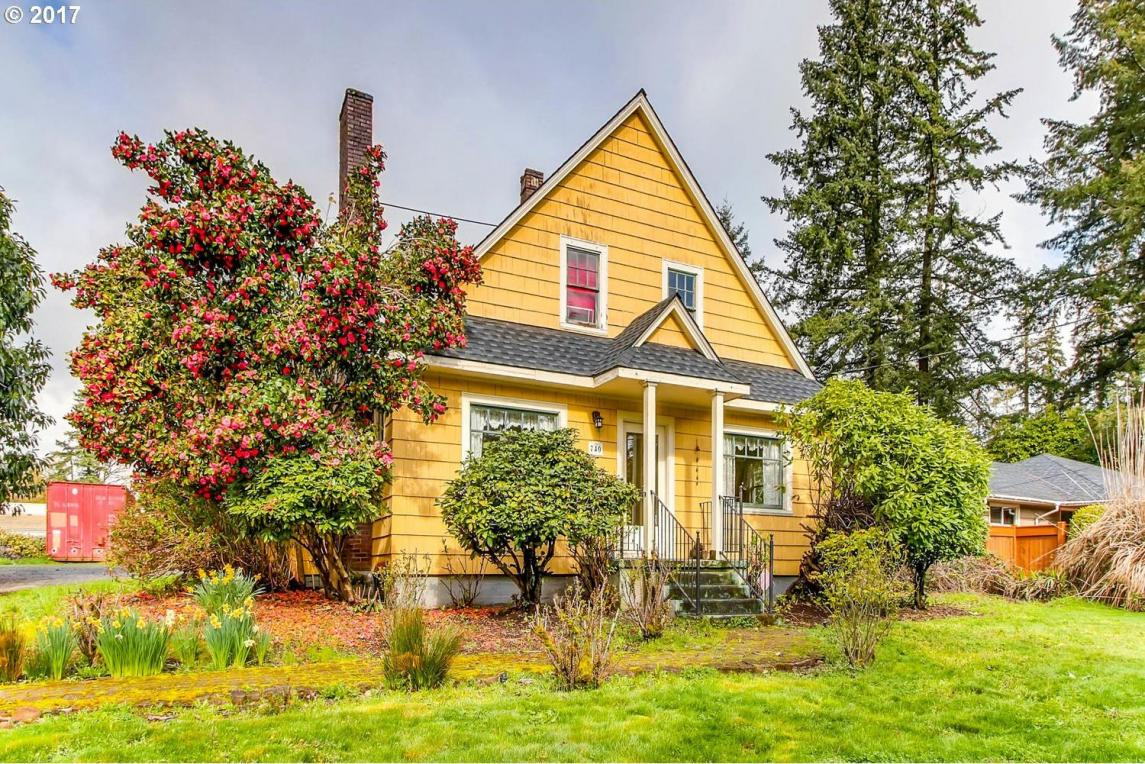 740 82nd Dr, Gladstone, OR 97027