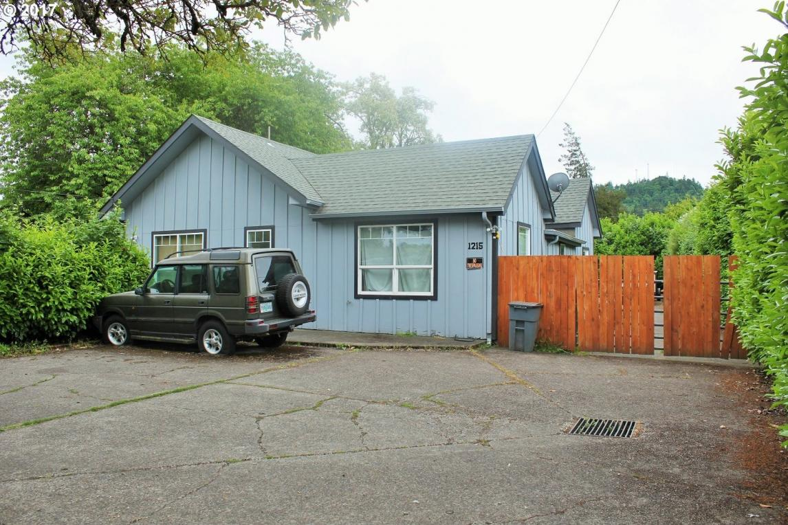 1215 Main St, Springfield, OR 97477