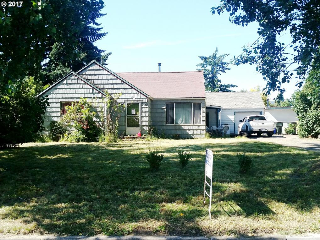 708 Fairview Dr, Springfield, OR 97477