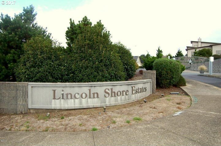 55 W Lincoln Star Resort, Lincoln City, OR 97367