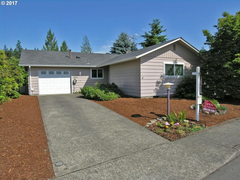 15895 SW Queen Victoria Pl, King City, OR 97224