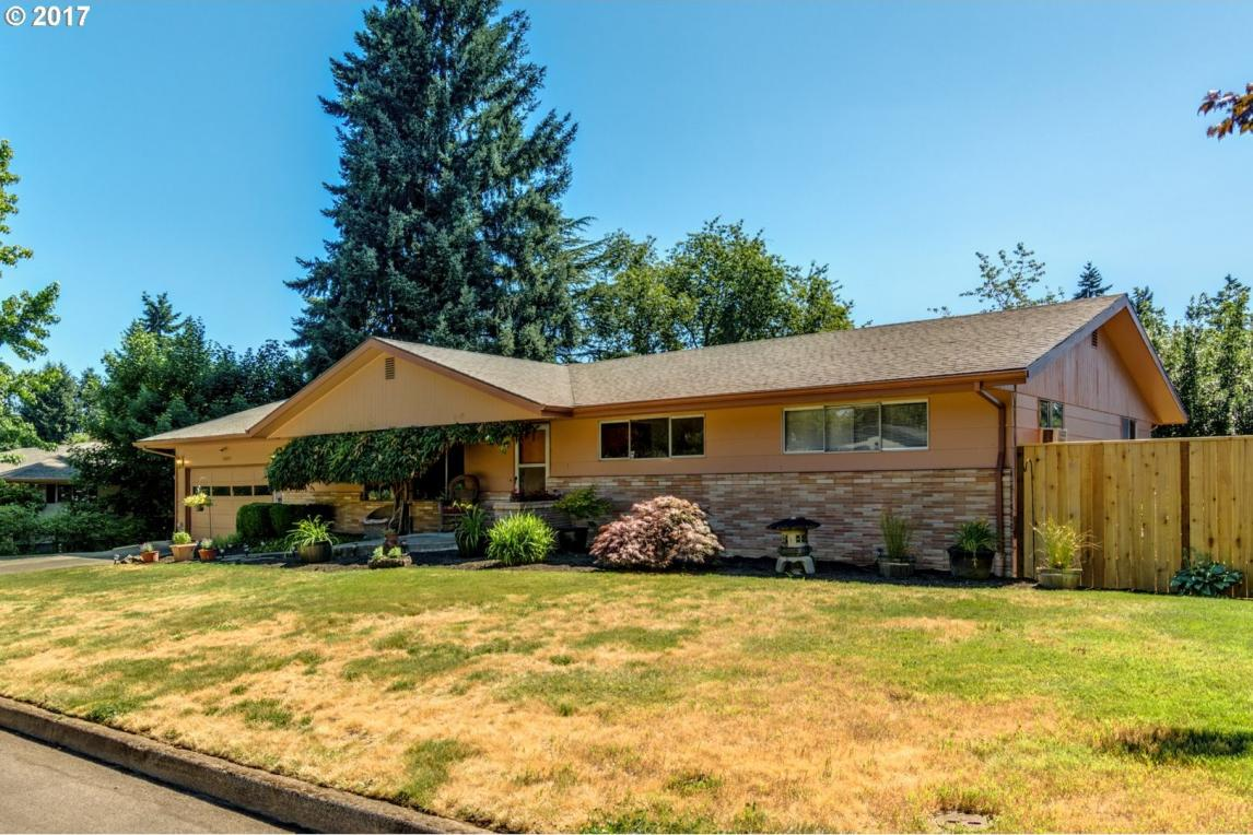 13230 SW Howard Dr, Tigard, OR 97223