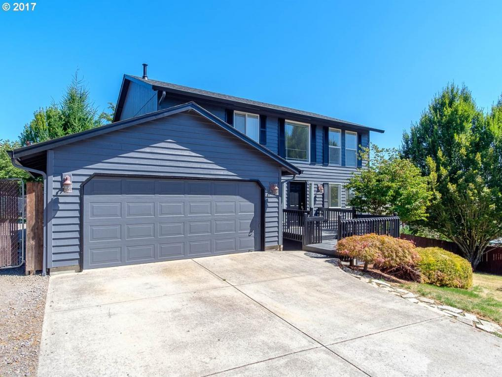 1231 E Fir Ave, La Center, WA 98629