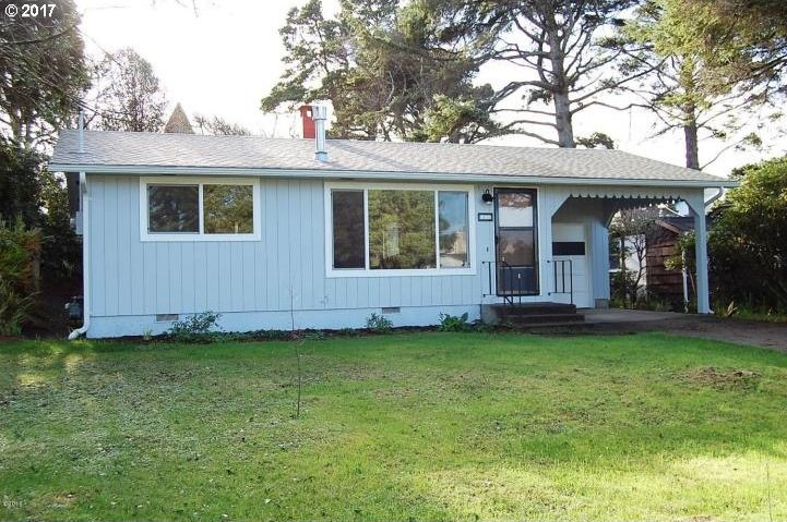 1420 NW 21st St, Lincoln City, OR 97367