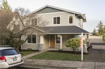Photo of 432 SE Gilham Ave, Portland, OR 97215