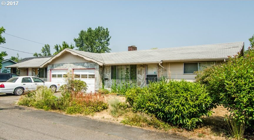 2205 W 19th Ave, Eugene, OR 97405