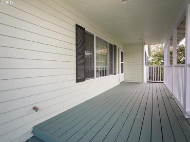 581 S 34th St, Springfield, OR 97478