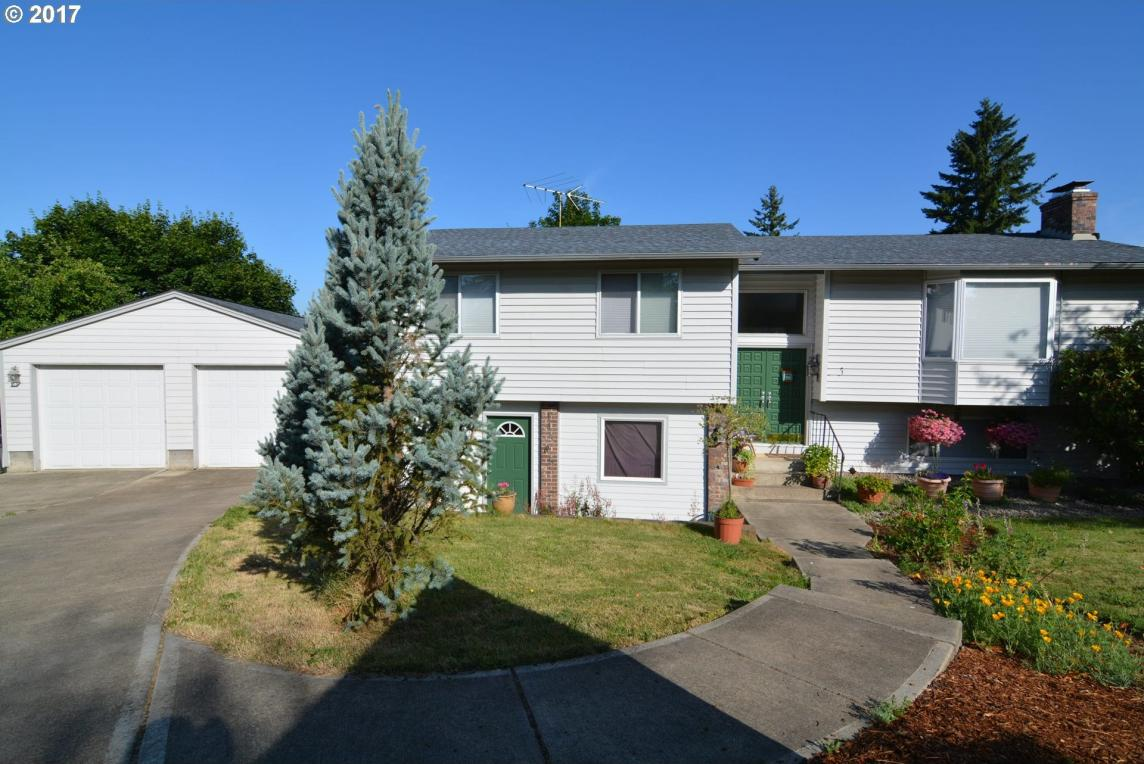 14565 SE West Park Ct, Damascus, OR 97089