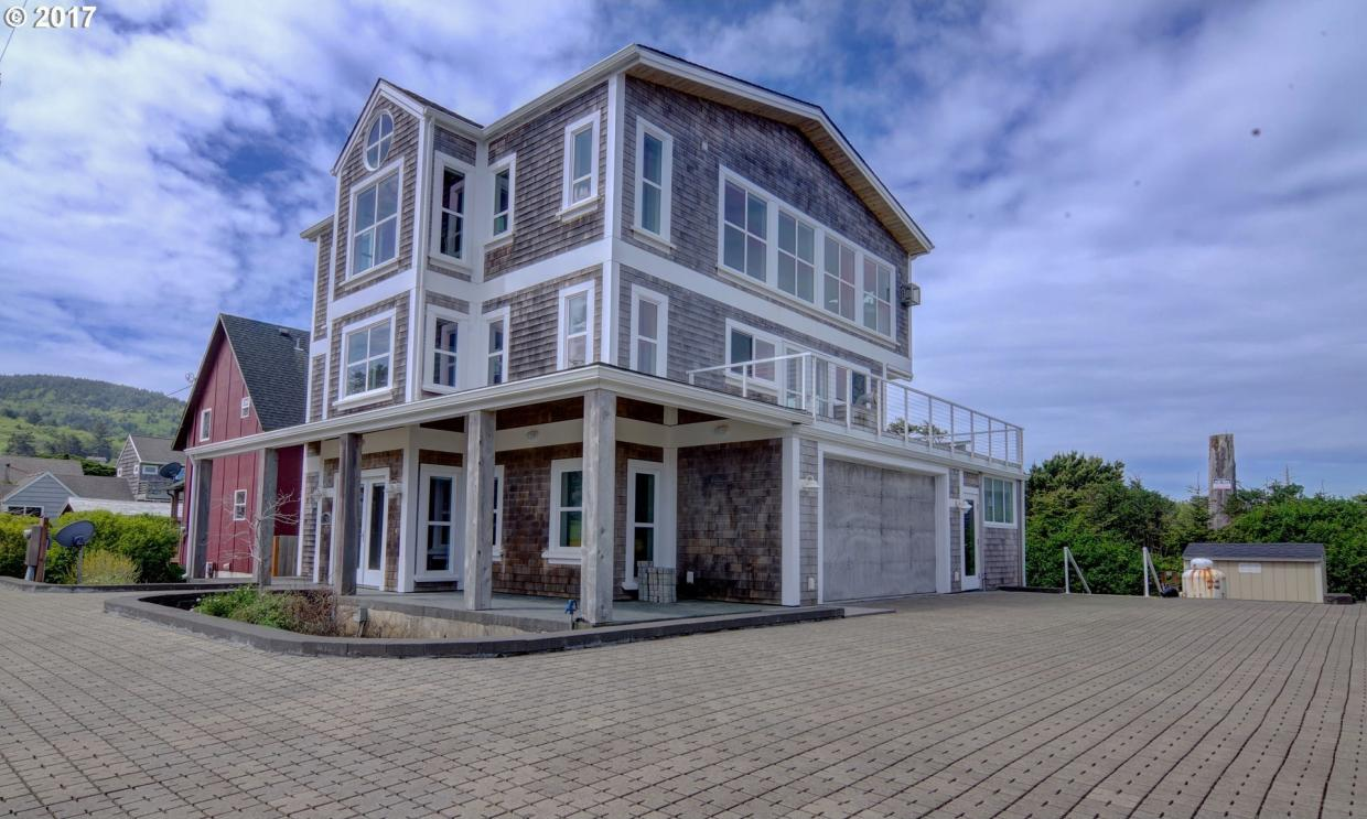 5750 NW Fourth St, Cape Meares, OR 97141