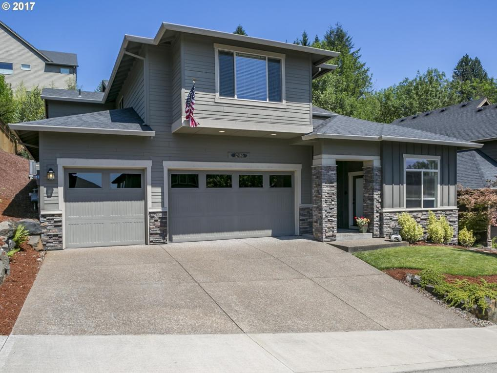 12465 SW Autumnview St, Tigard, OR 97224